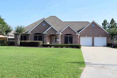 Lumberton Single Family Home Contingent On Closing: 7738 Rosewood Dr.
