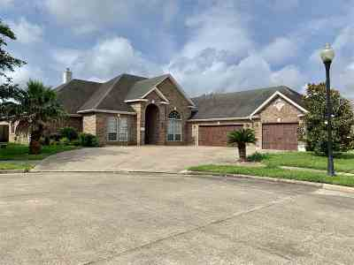 Beaumont Single Family Home For Sale: 6375 Madera