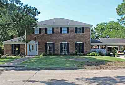 Port Arthur Single Family Home For Sale: 2605 Willowick Dr.