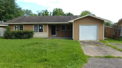Beaumont TX Single Family Home For Sale: $37,500