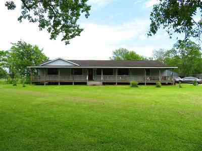 Beaumont TX Single Family Home For Sale: $159,900