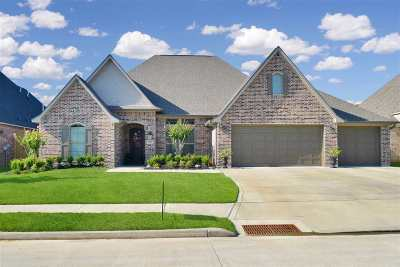 Beaumont Single Family Home Contingent On Closing: 6555 Merrick Ln.