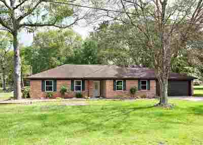 Lumberton Single Family Home For Sale: 57 John Loop