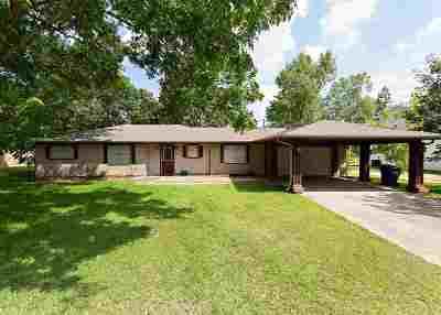Lumberton Single Family Home For Sale: 110 El Pinto