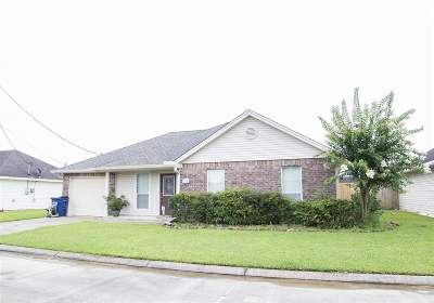 Lumberton Single Family Home For Sale: 5635 Shadowbend Circle N