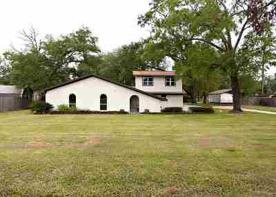 Beaumont Single Family Home For Sale: 13545 Leaning Oaks