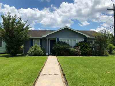 Beaumont TX Single Family Home For Sale: $69,900