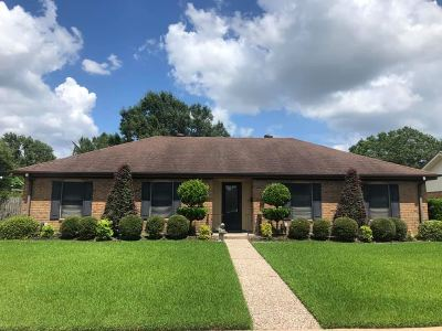 Port Neches Single Family Home For Sale: 2725 S Kitchen