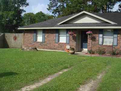 Vidor Single Family Home For Sale: 1020 Pine Cove
