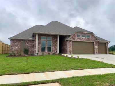 Lumberton Single Family Home For Sale: 195 Hidden Grove Ct.