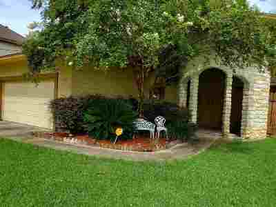 Beaumont Single Family Home For Sale: 8184 Old Voth Rd
