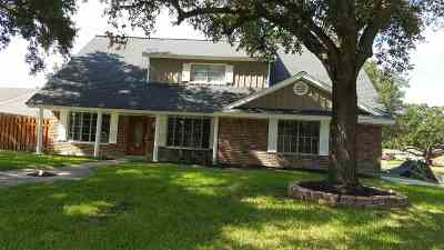 Port Arthur Single Family Home For Sale: 8600 Willow Bend Court