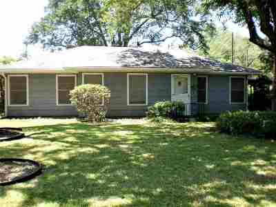 Port Arthur Single Family Home For Sale: 4435 Forest Drive