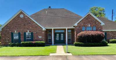 Beaumont Single Family Home For Sale: 52 Sandlewood Trail