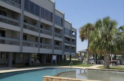 Port Arthur Condo/Townhouse For Sale: 560 Pleasure Island Blvd