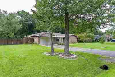 Lumberton Single Family Home For Sale: 115 El Pinto