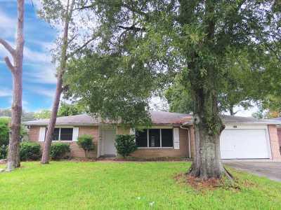 Port Arthur Single Family Home For Sale: 5101 Lakeside Drive