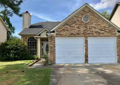 Beaumont TX Single Family Home For Sale: $159,000