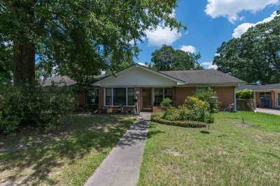 Beaumont TX Single Family Home For Sale: $219,900