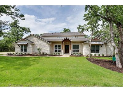 College Station Single Family Home For Sale: 17325 Halona Court