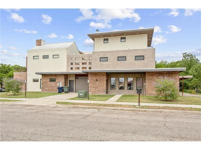 Bryan Condo/Townhouse For Sale: 213 North Houston Avenue
