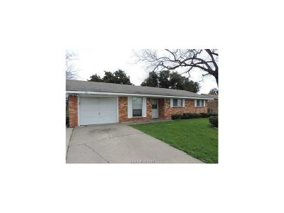 Bryan TX Rental For Rent: $1,050