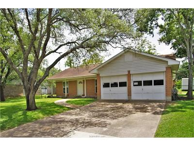 Brazos County Single Family Home For Sale: 1400 Glade Street