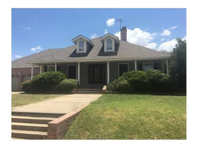 Milam County Single Family Home For Sale: 124 Spanish Oak Trail