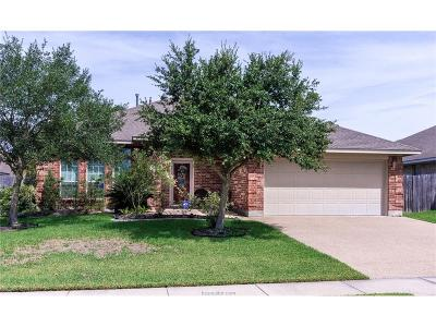 College Station Single Family Home For Sale: 1415 Dayton Court