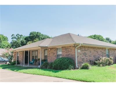 Brazos County Multi Family Home For Sale: 905 Autumn Circle #A-D