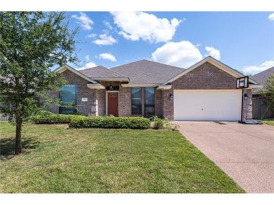 College Station Single Family Home For Sale: 906 Ladove Drive