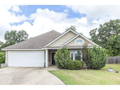 Brazos County Single Family Home For Sale: 2702 Barronwood Drive