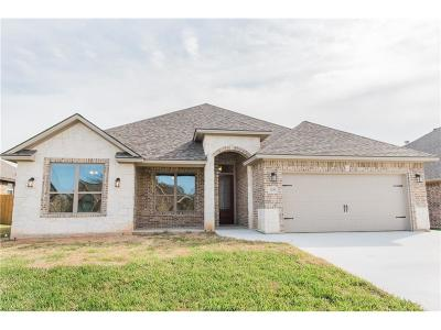 Bryan TX Single Family Home For Sale: $309,900