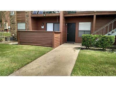 College Station Condo/Townhouse For Sale: 904 University Oaks Boulevard #99