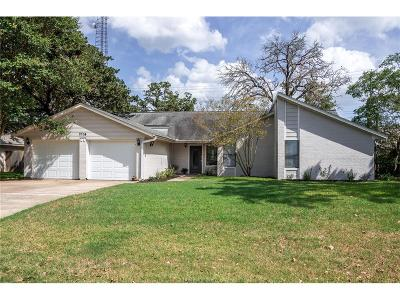 Bryan , College Station  Single Family Home For Sale: 2704 Brookway Drive