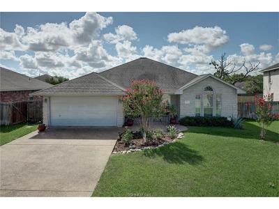 College Station Single Family Home For Sale: 1404 Dayton Court