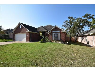 College Station Single Family Home For Sale: 3106 Pleasant Forest Drive