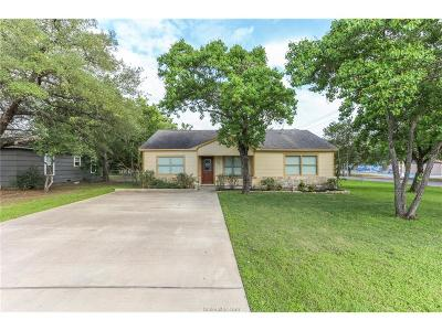 College Station Single Family Home For Sale: 500 Brooks