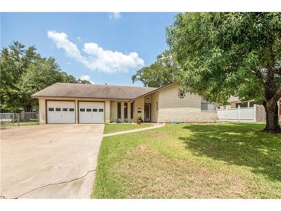 Bryan Single Family Home For Sale: 904 Briar Bend Court
