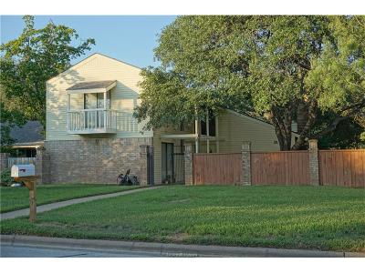 Bryan Single Family Home For Sale: 2619 Rustling Oaks Drive