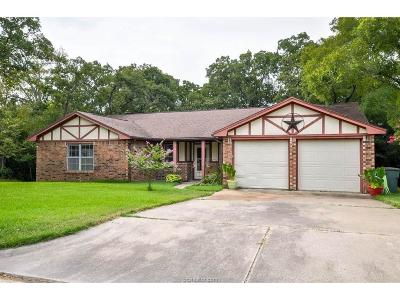 Bryan Single Family Home For Sale: 2206 Dewberry Lane