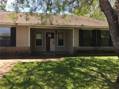 College Station Single Family Home For Sale: 1104 Taurus Avenue