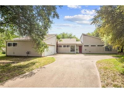 Bryan Single Family Home For Sale: 2203 Dewberry Lane