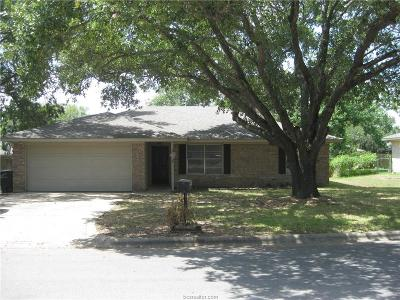 College Station Single Family Home For Sale: 1504 Austin