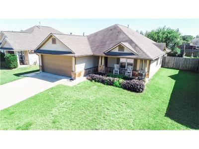 Bryan Single Family Home For Sale: 2711 Barronwood Drive