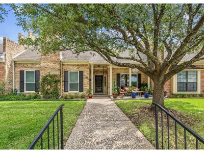 Bryan  , College Station Condo/Townhouse For Sale: 1203 Brook Hollow Drive
