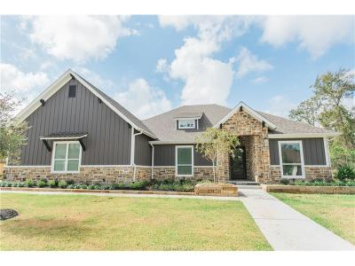 College Station Single Family Home For Sale: 5204 Hawks Ridge Drive