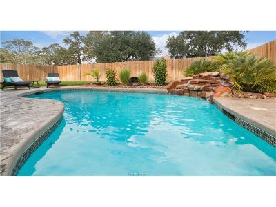 College Station Single Family Home For Sale: 8308 Raintree Drive