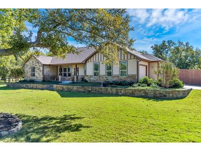 Grimes County Single Family Home For Sale: 1305 Cottonwood Ln