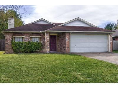 College Station Single Family Home For Sale: 4000 Tiffany Trail